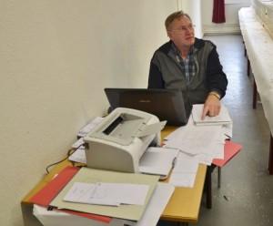 Tentoonstellingssecretaris Roel Staats had nauwelijks tijd om te eten.