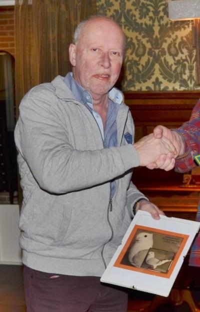 Lex Meeuwissen, winnaar aangewezen kampioenschap, tweede plaats fokkerskampioenschap - kopie
